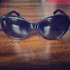 Tory Burch Sunglasses TY7005